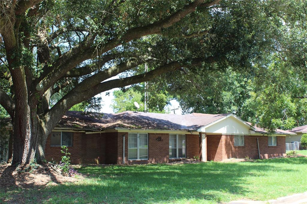 208 Oak Street Property Photo - Prairie View, TX real estate listing