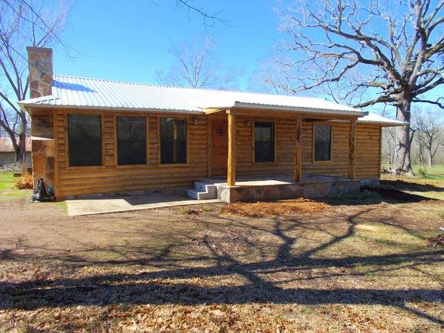 902 E Fm 323 Property Photo - Palestine, TX real estate listing