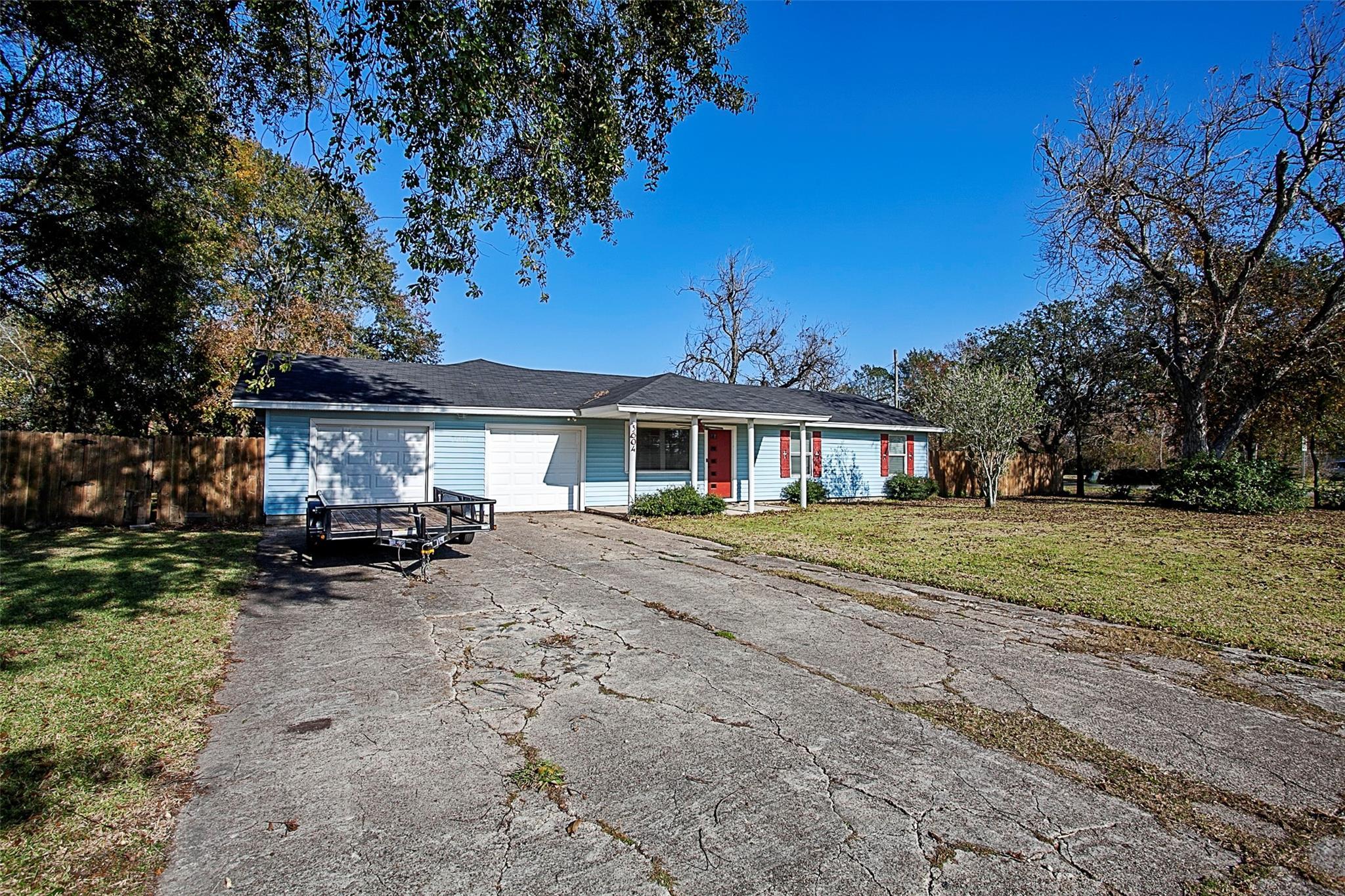 3604 Central Boulevard Property Photo
