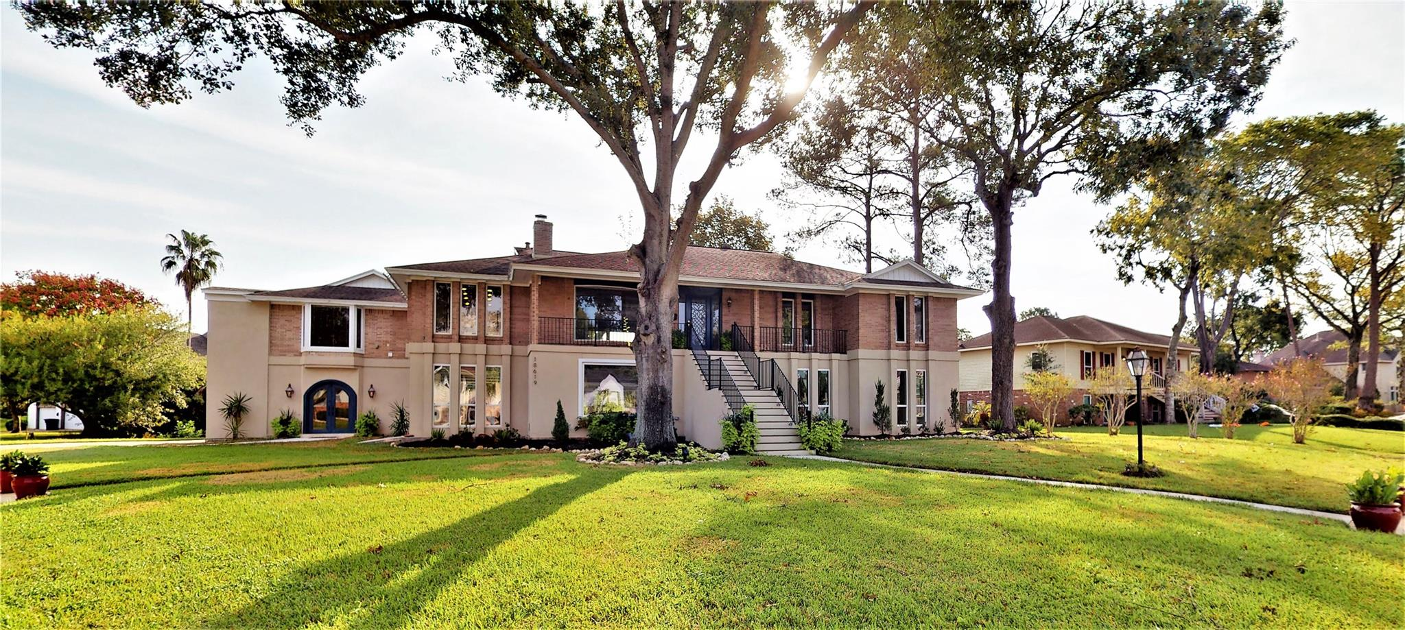 18619 Point Lookout Drive Property Photo - Houston, TX real estate listing