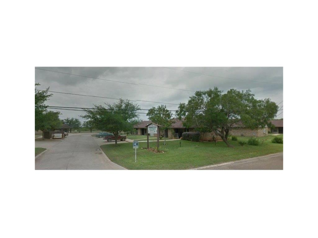 711 N Sigrid Avenue, Hebbronville, TX 78361 - Hebbronville, TX real estate listing
