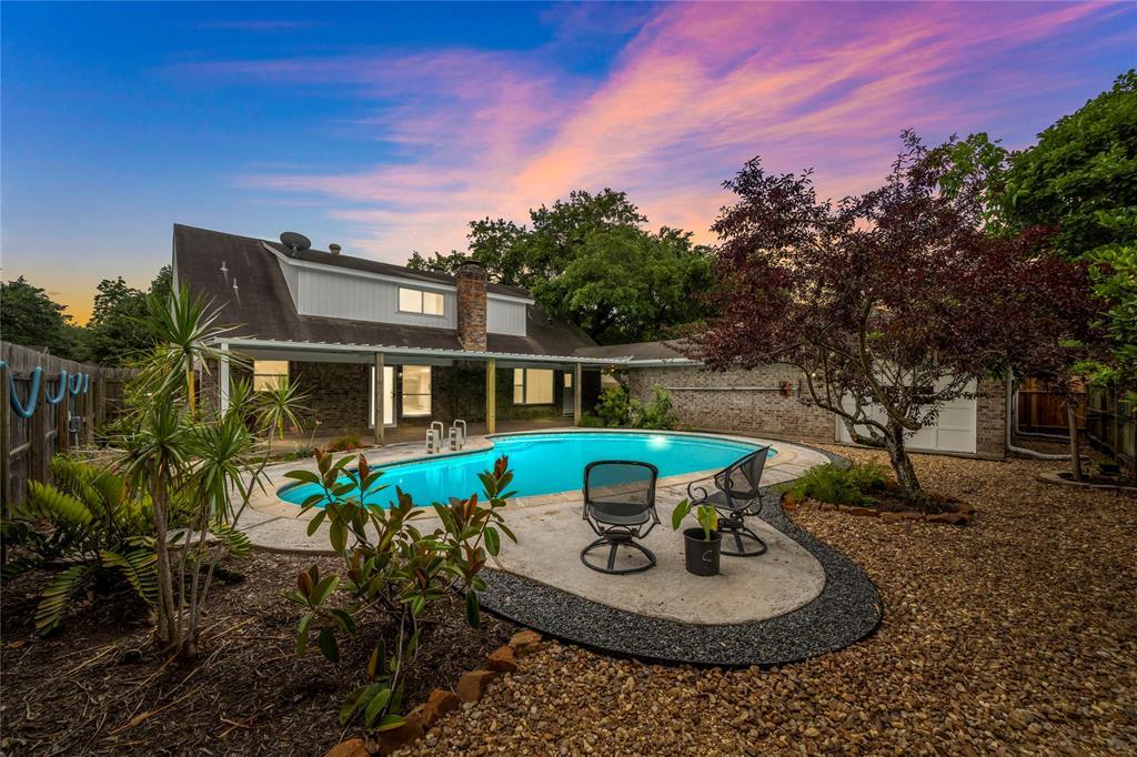 2101 N Memorial Court Property Photo - Pasadena, TX real estate listing