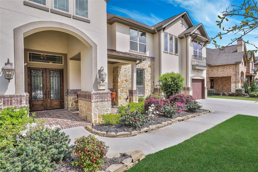 2131 Barton Woods Boulevard Property Photo - Conroe, TX real estate listing