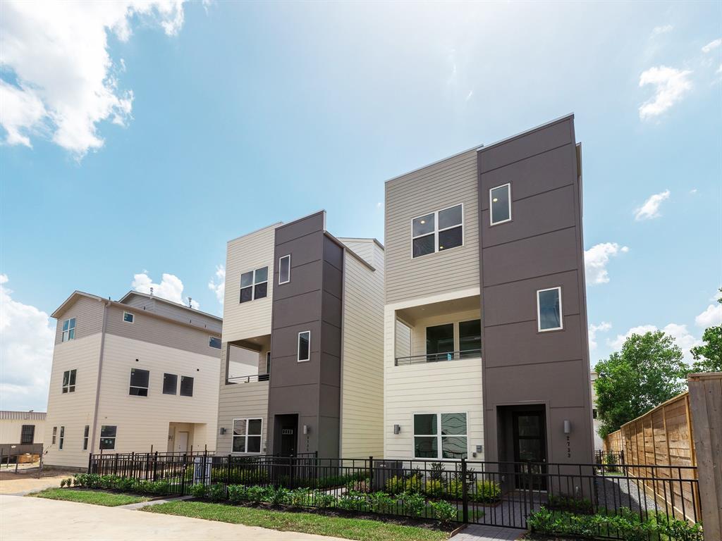 2705 EaDo Edge Court, Houston, TX 77020 - Houston, TX real estate listing