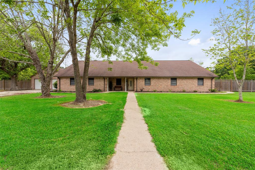 381 Fm 1663 Road Property Photo - Hankamer, TX real estate listing