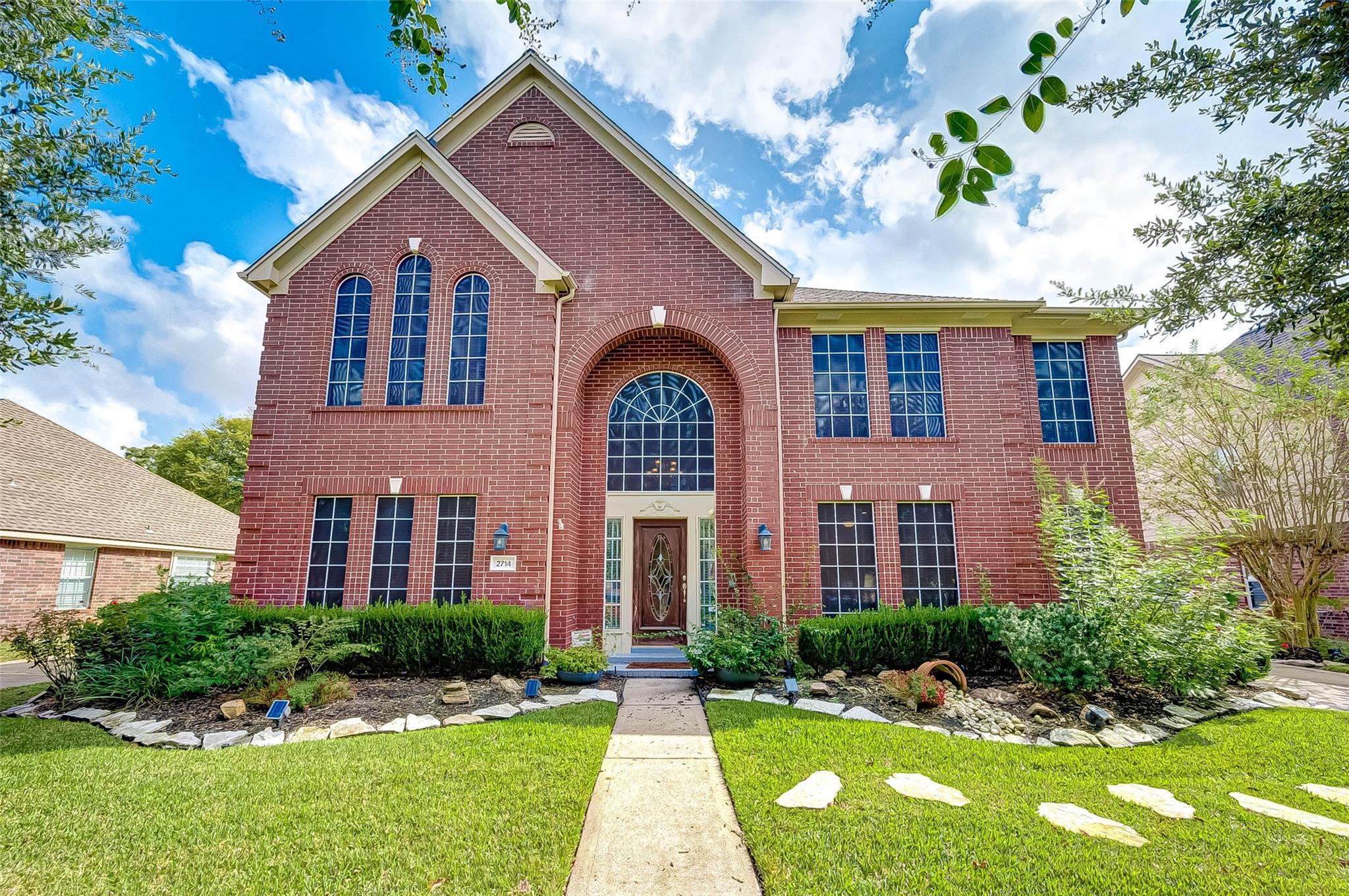 2714 Mossy Log Court Property Photo - Houston, TX real estate listing
