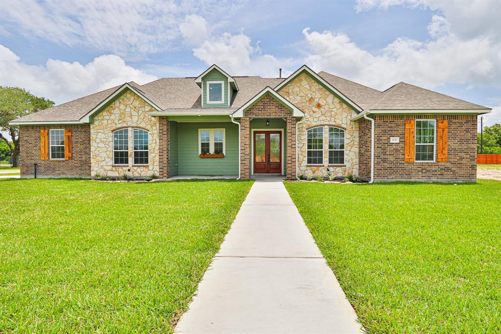 3137 East Tower Circle E Property Photo - Santa Fe, TX real estate listing