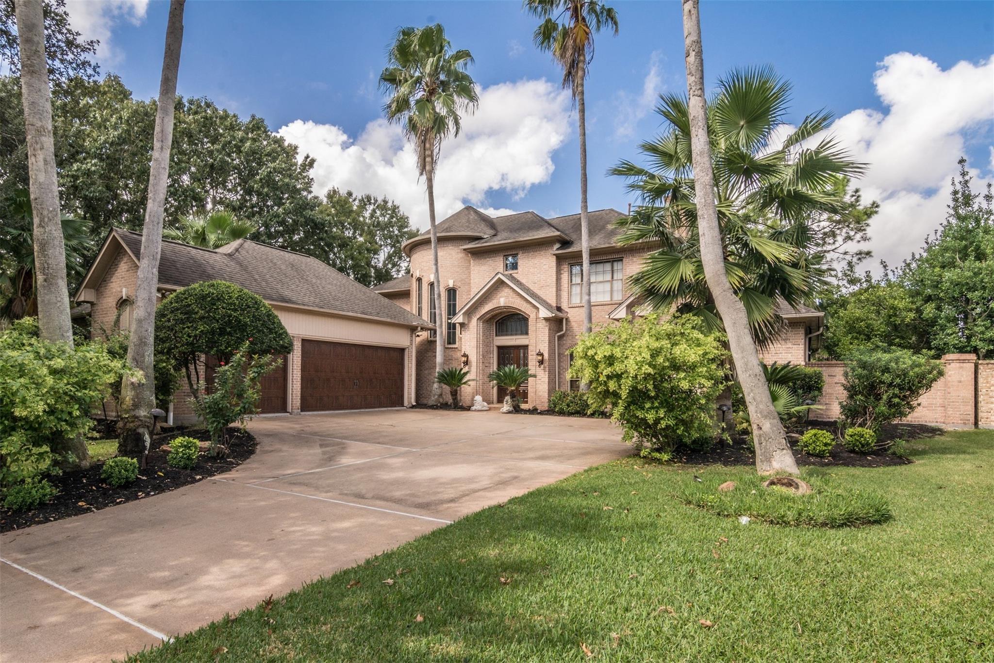 77062 Real Estate Listings Main Image