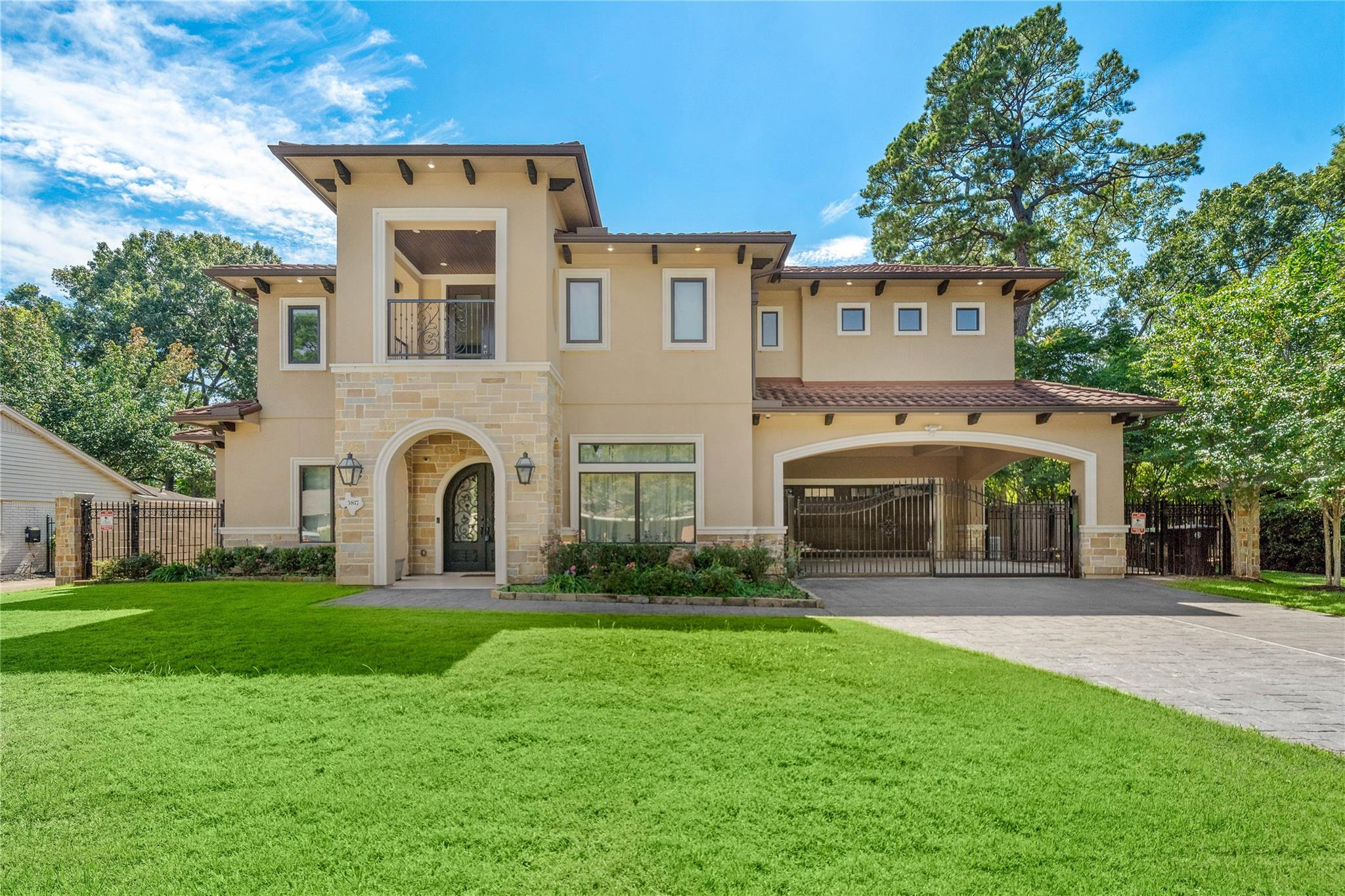 3817 Ascot Lane Property Photo - Houston, TX real estate listing