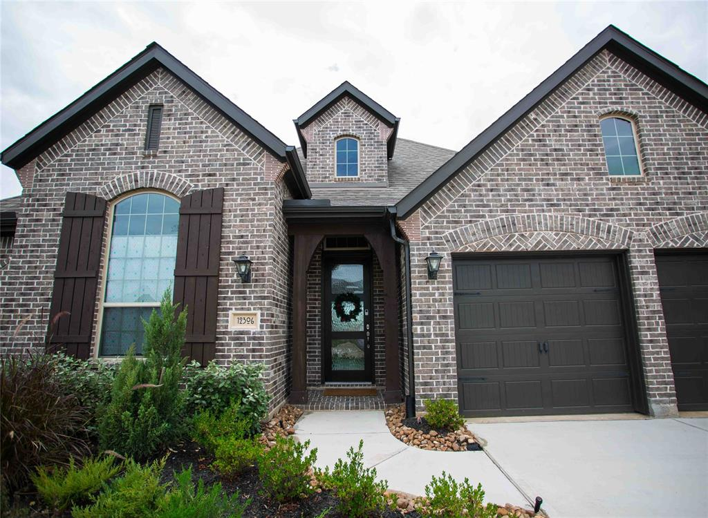 12306 Thorntonhall Drive Property Photo - Richmond, TX real estate listing
