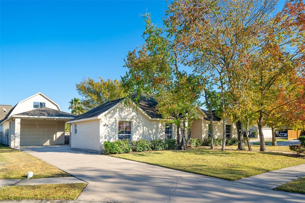 504 Lily Court, League City, TX 77573 - League City, TX real estate listing
