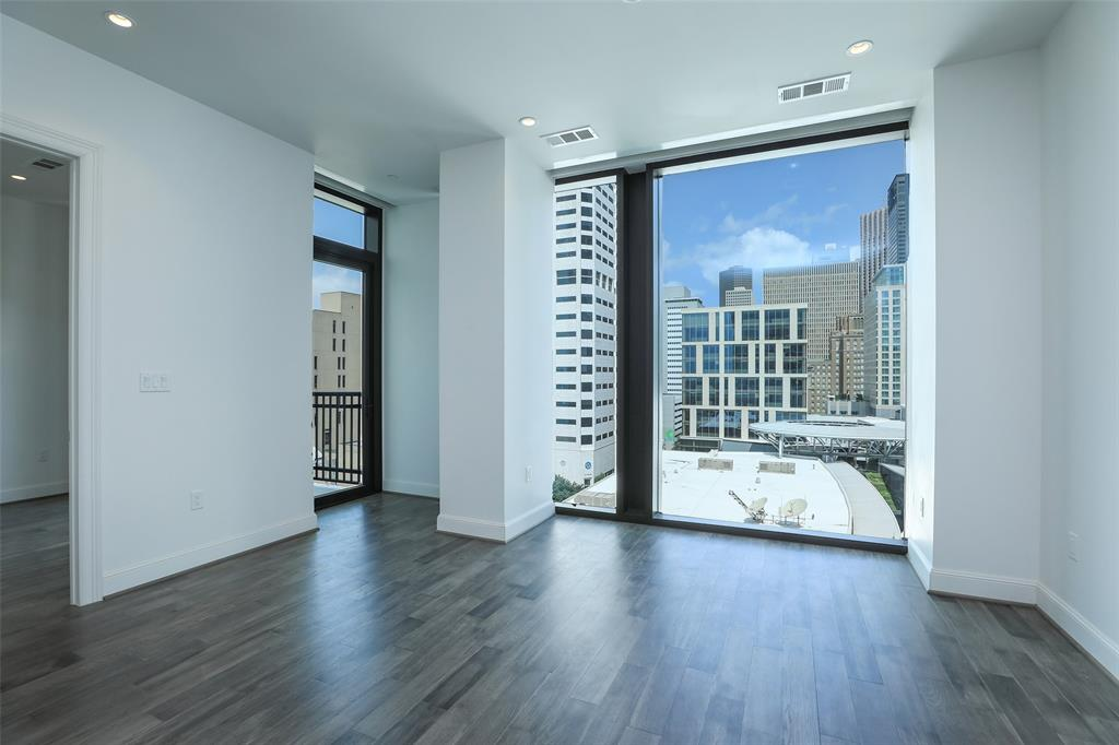 1211 Caroline Street #1007 Property Photo - Houston, TX real estate listing