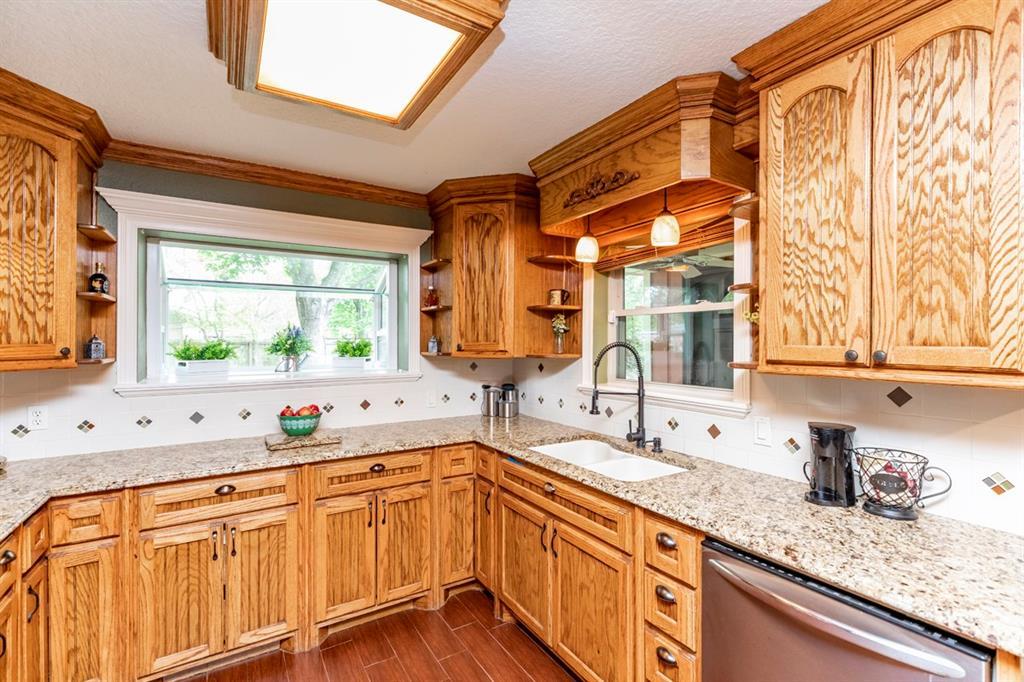 294 Elizabeth Street, Bridge City, TX 77611 - Bridge City, TX real estate listing