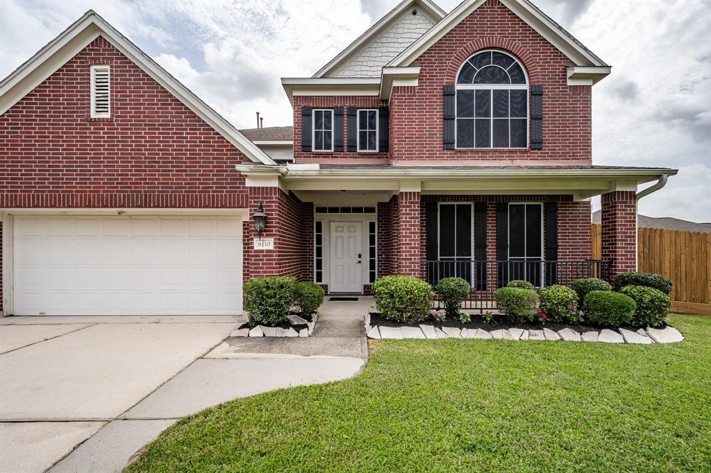 8110 Ginger Park Drive Property Photo - Baytown, TX real estate listing