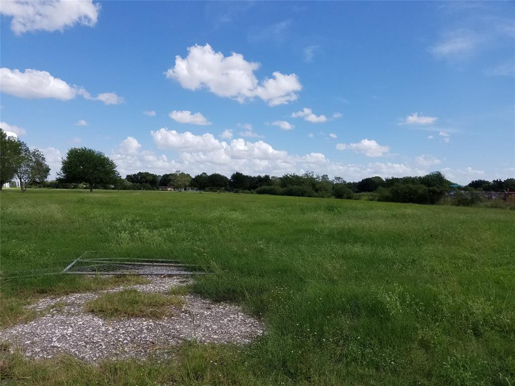 901 Blume Road, Rosenberg, TX 77471 - Rosenberg, TX real estate listing