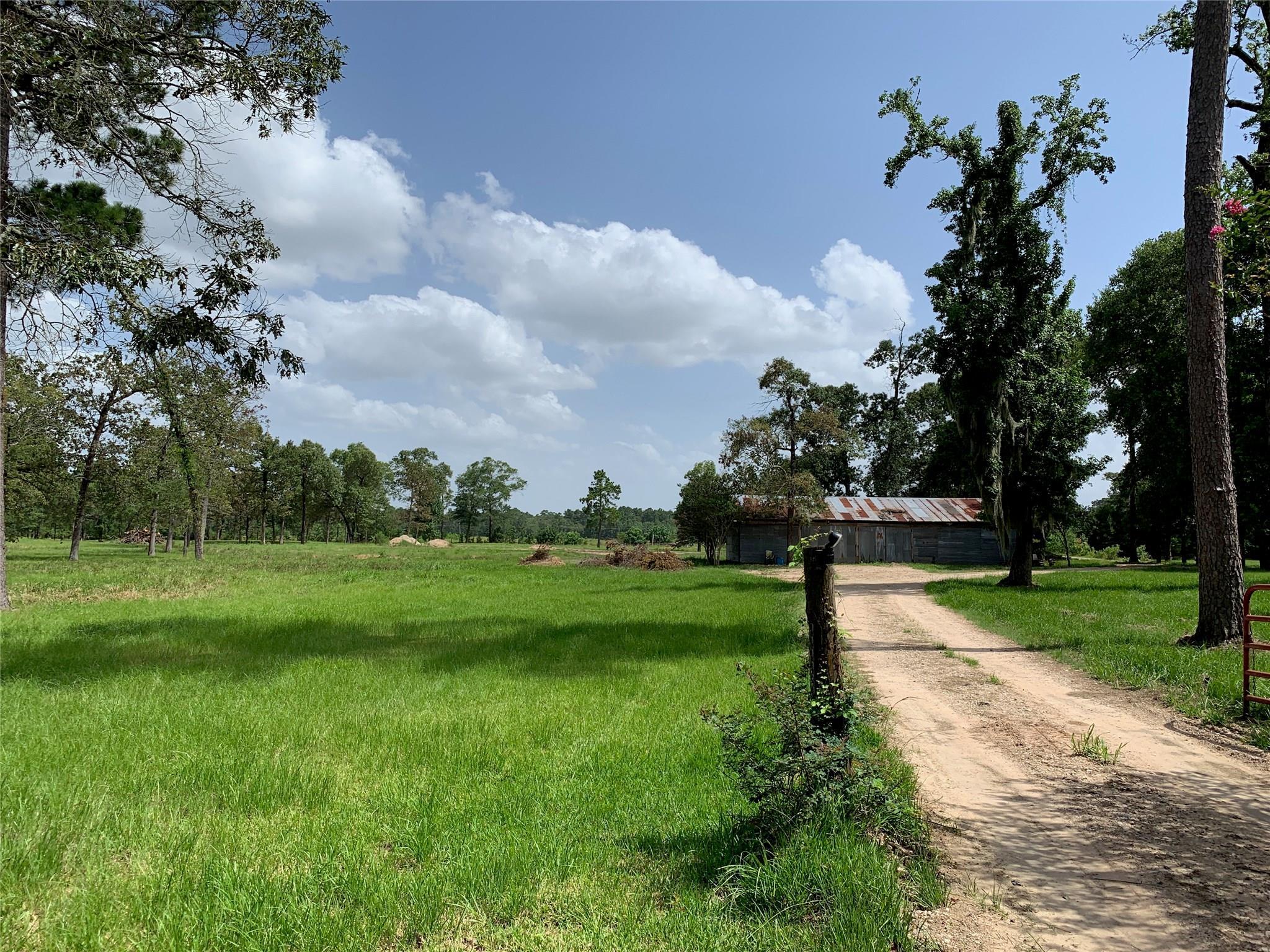 11090 Post Oak Drive Property Photo 1