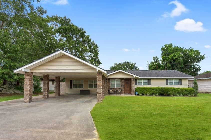 1211 Marshall Avenue Property Photo - Nederland, TX real estate listing
