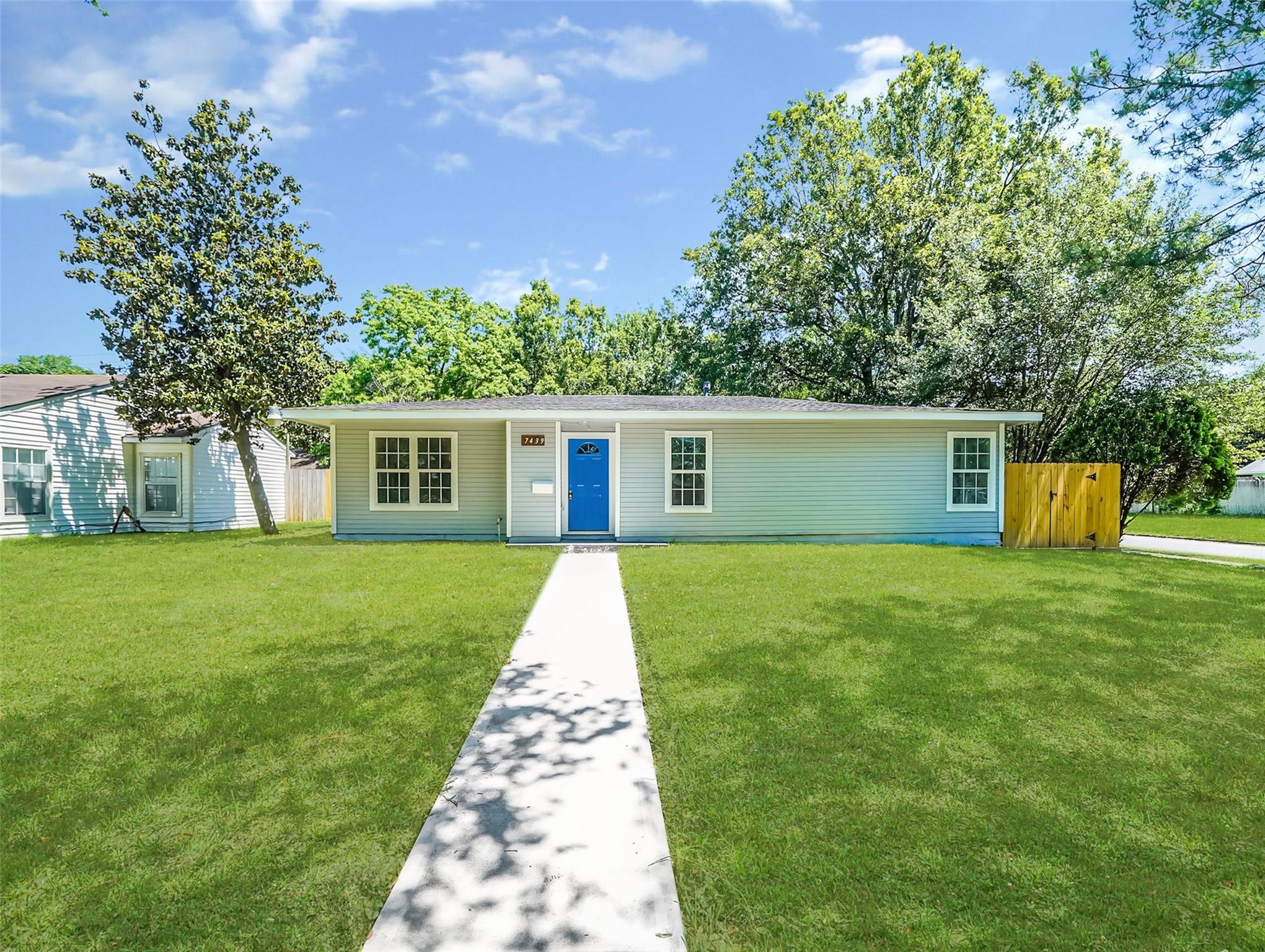 7439 Thurow Street Property Photo