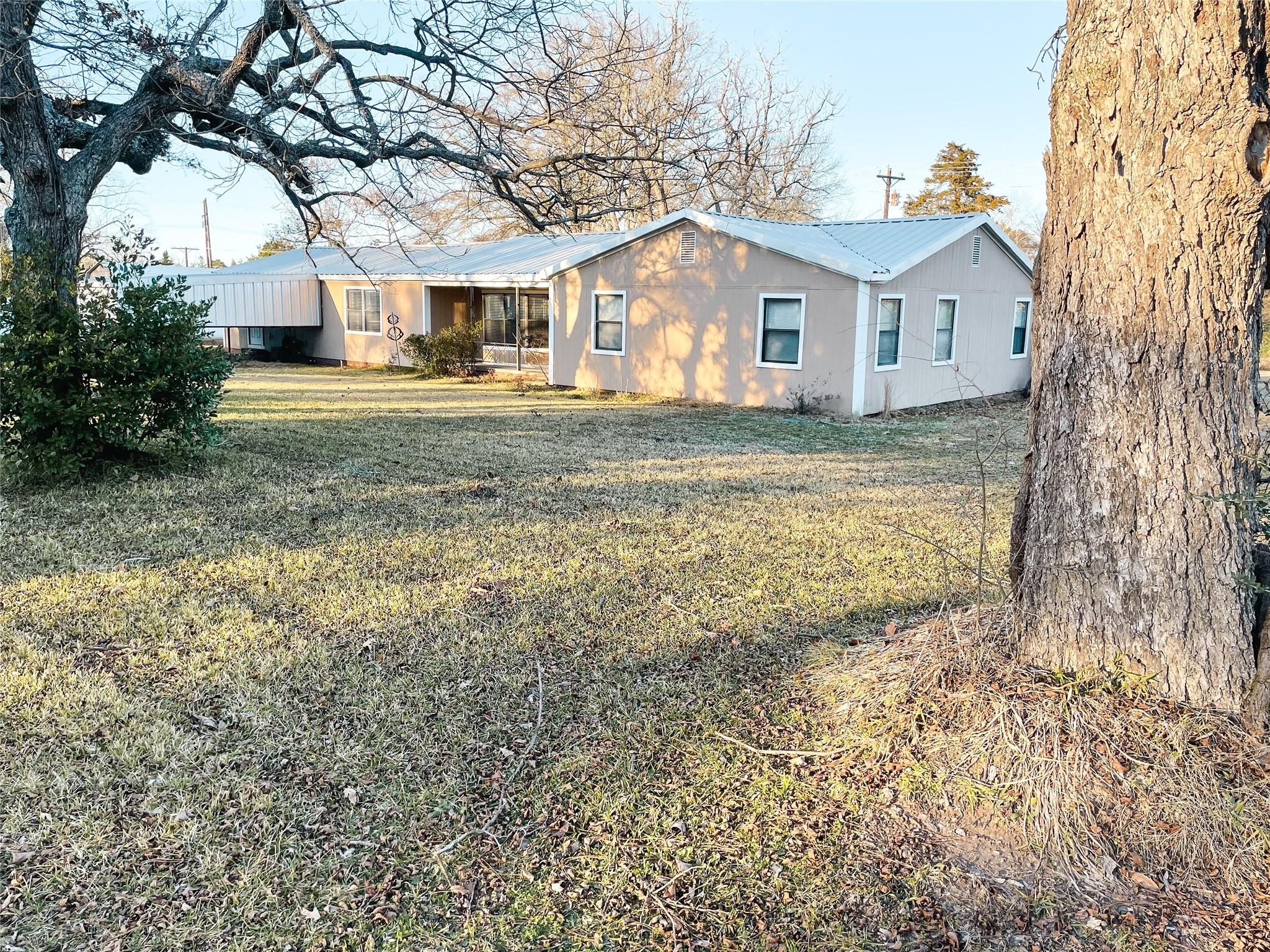 17227 S State Highway 19 Property Photo - Elkhart, TX real estate listing