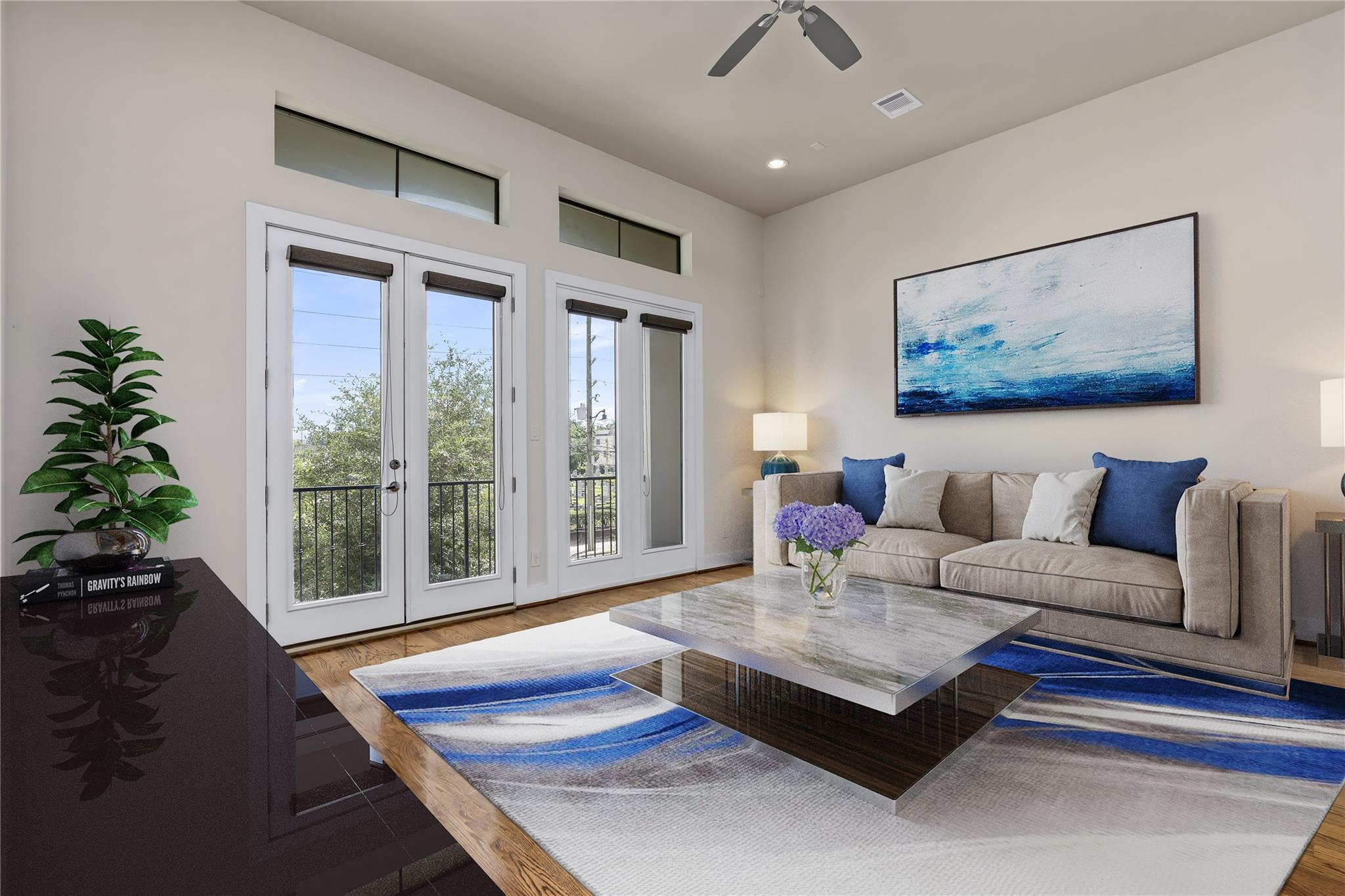1220 W Dallas Street Property Photo