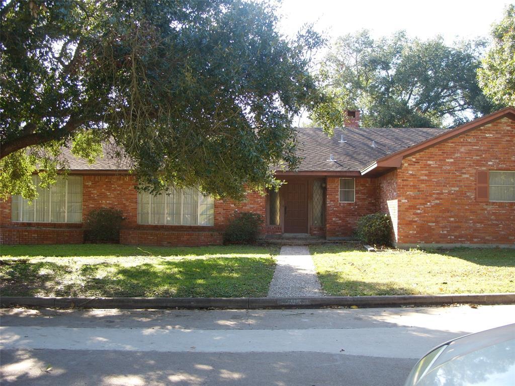 305 Hillside Street, Navasota, TX 77868 - Navasota, TX real estate listing