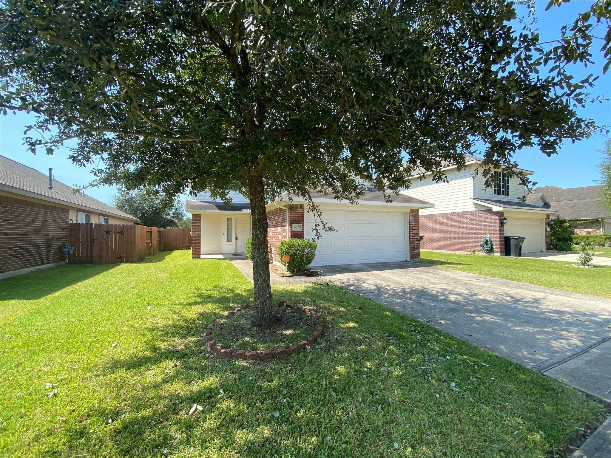 11014 Crosby Field Lane Property Photo - Houston, TX real estate listing