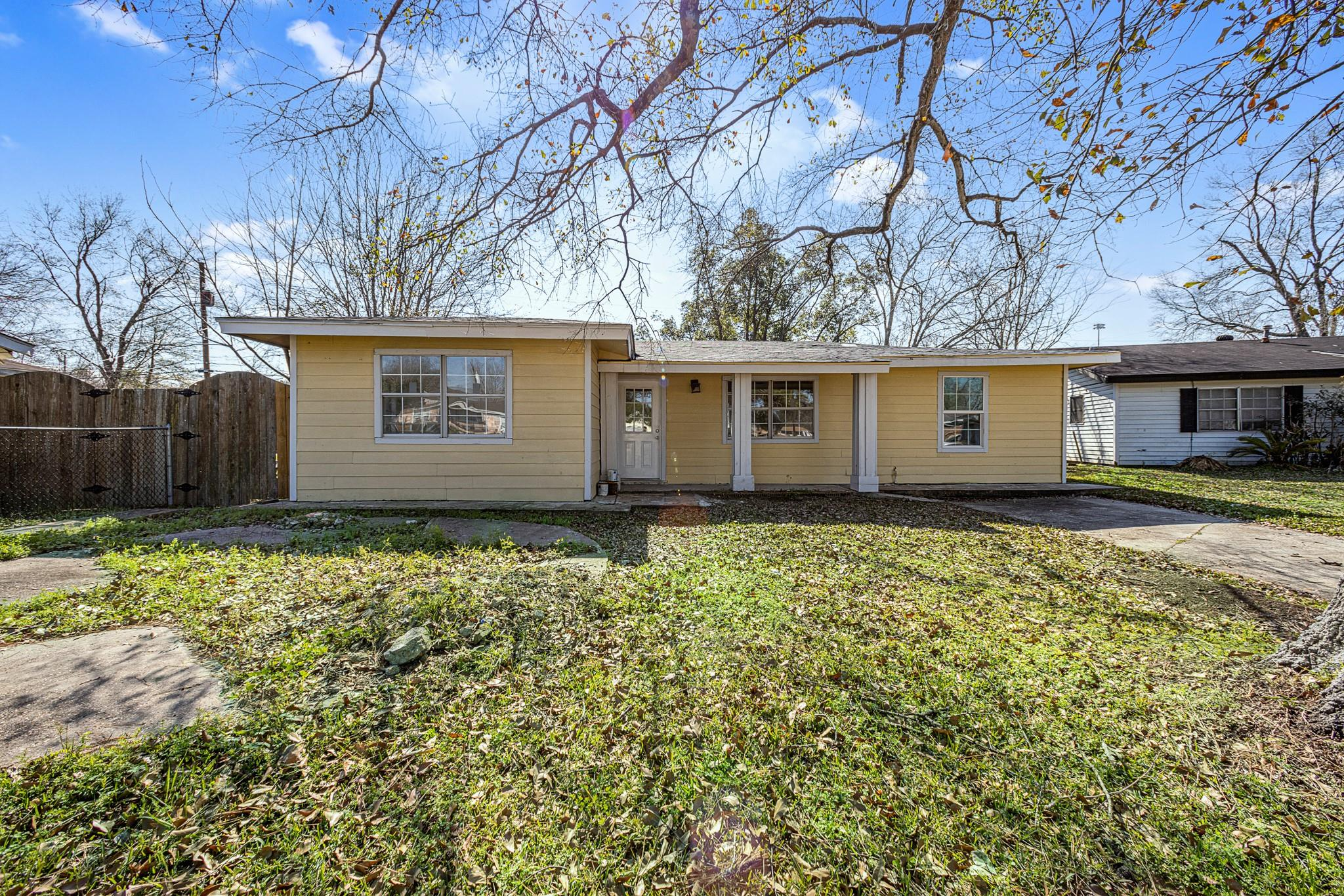 3861 Bellgreen Place Property Photo - Beaumont, TX real estate listing