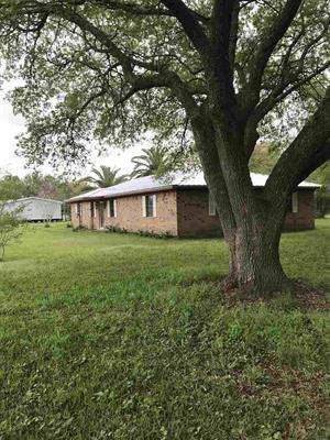 308 LeDoux Road Property Photo - Winnie, TX real estate listing