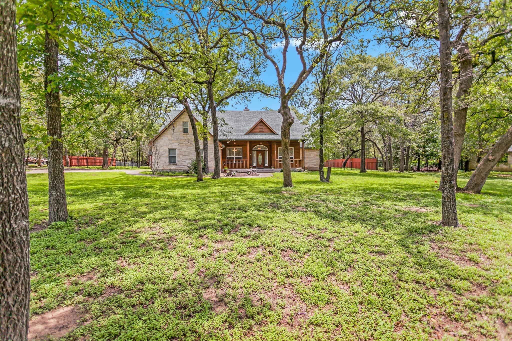 259 Arbors Circle Property Photo