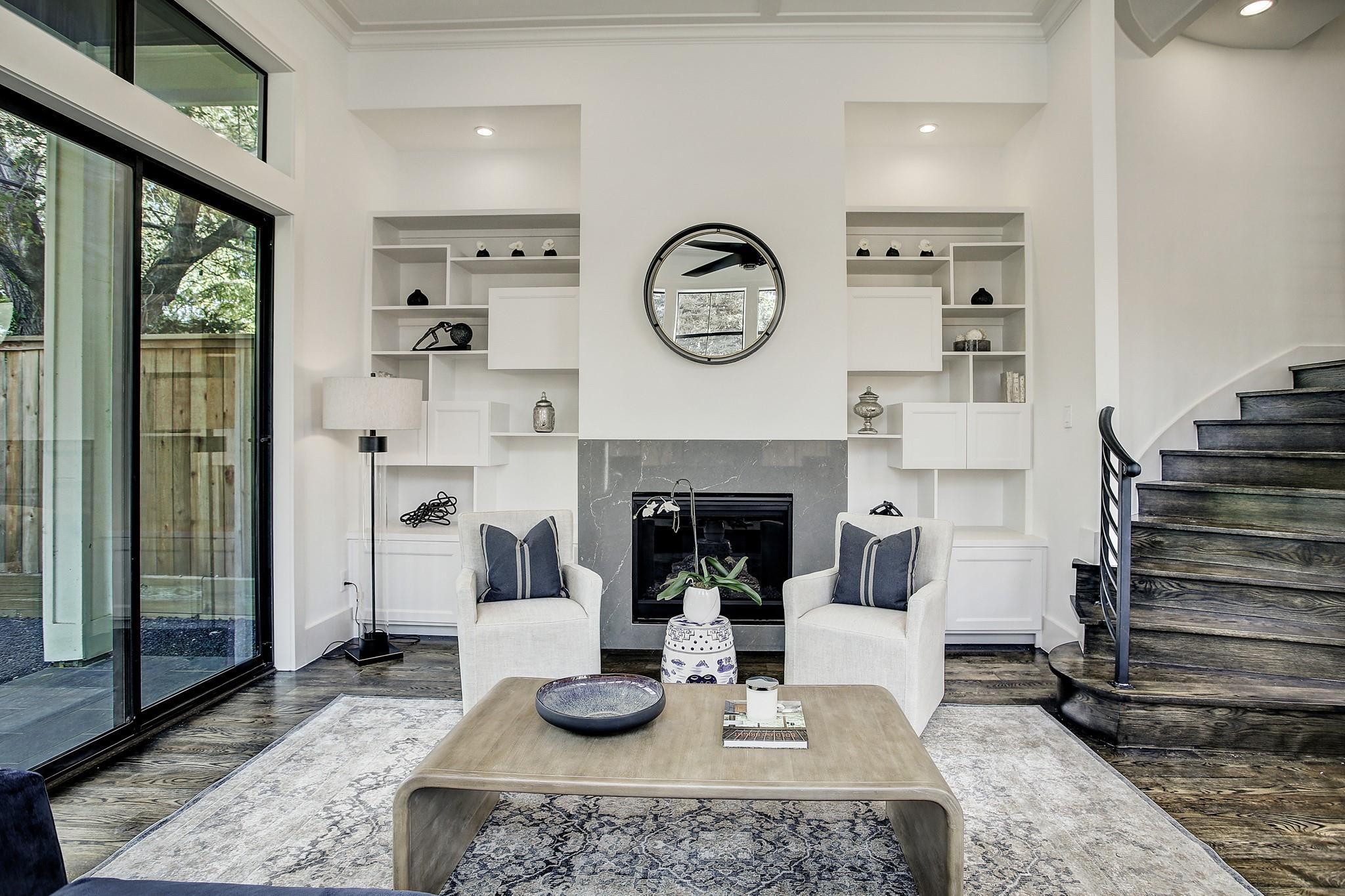 520 W Saulnier Street Property Photo - Houston, TX real estate listing