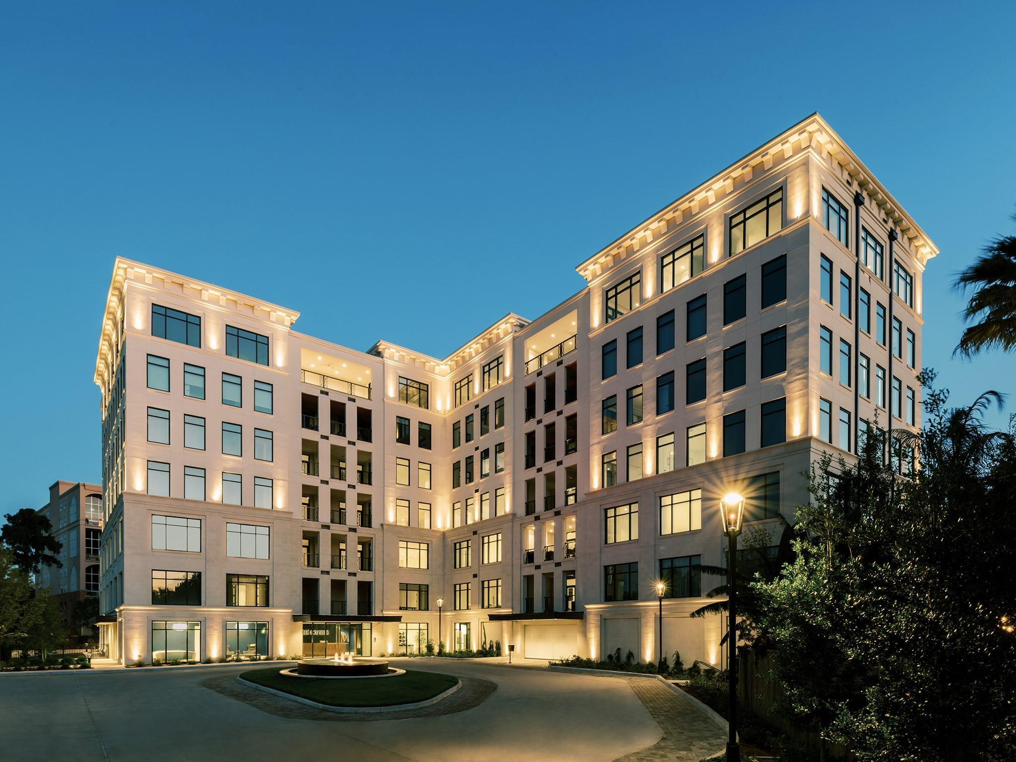 6017 Memorial Drive #203 Property Photo - Houston, TX real estate listing