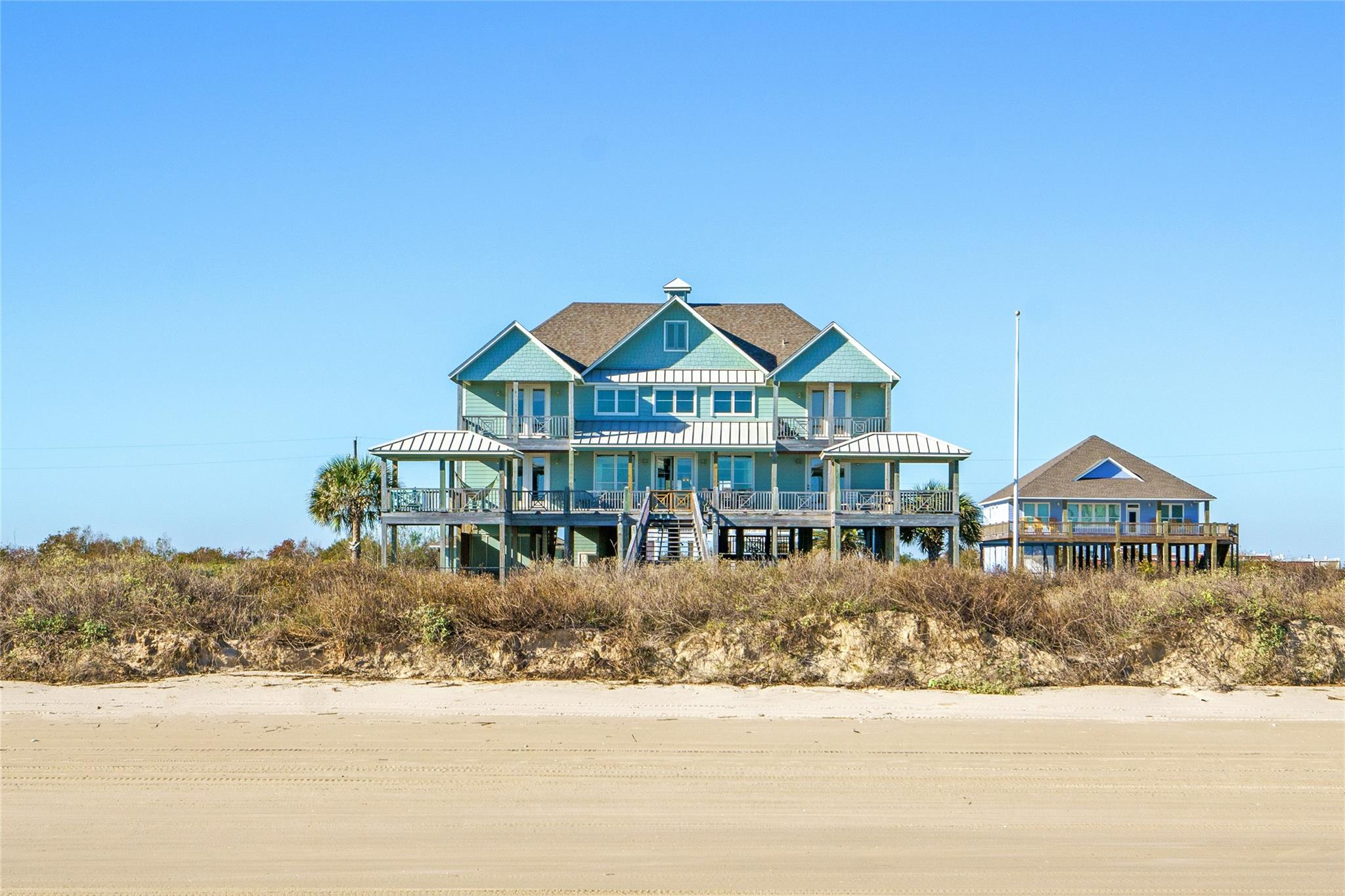 374 Atkinson Property Photo - Crystal Beach, TX real estate listing