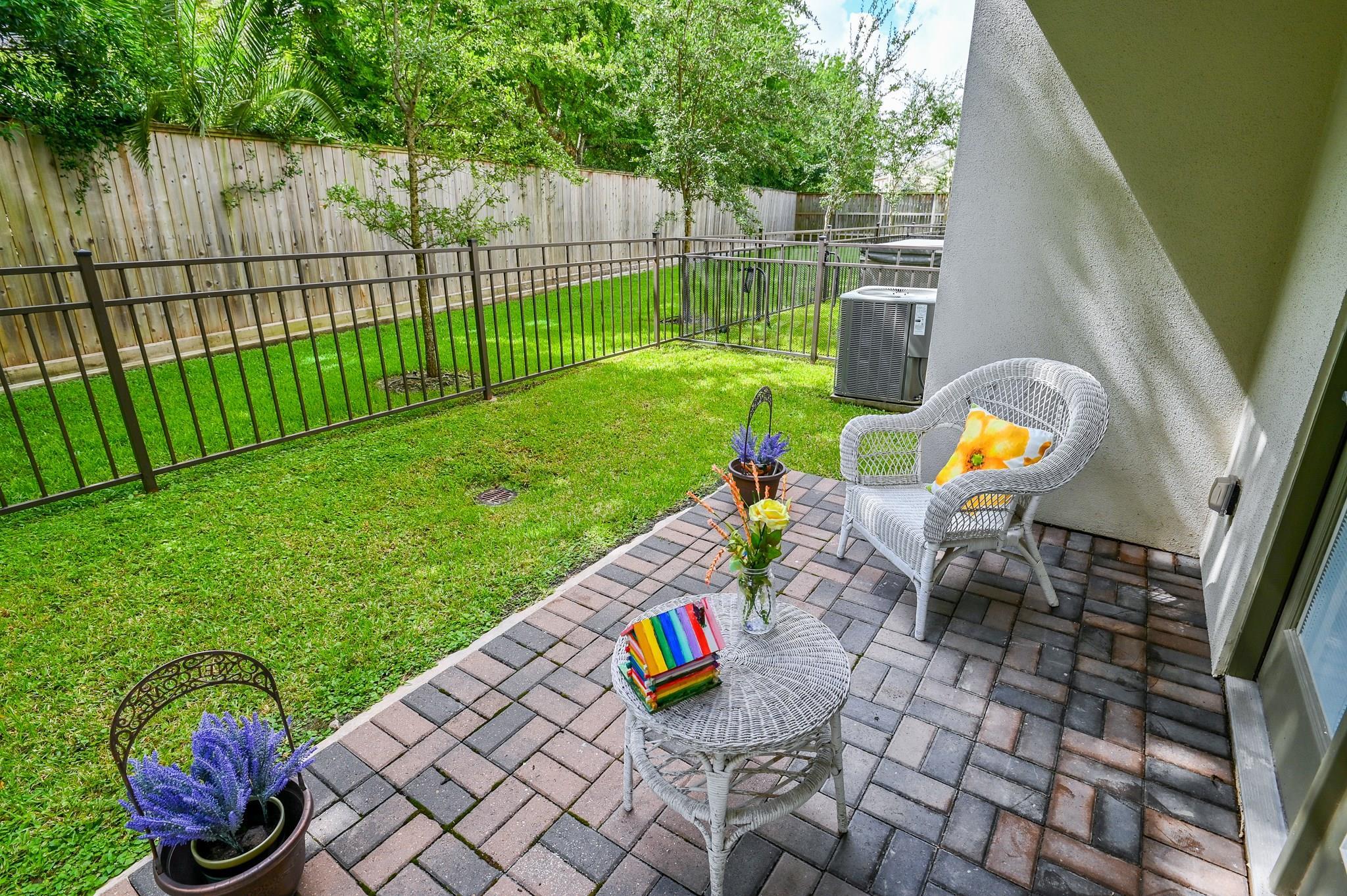 8211 Cambridge Street Property Photo - Houston, TX real estate listing