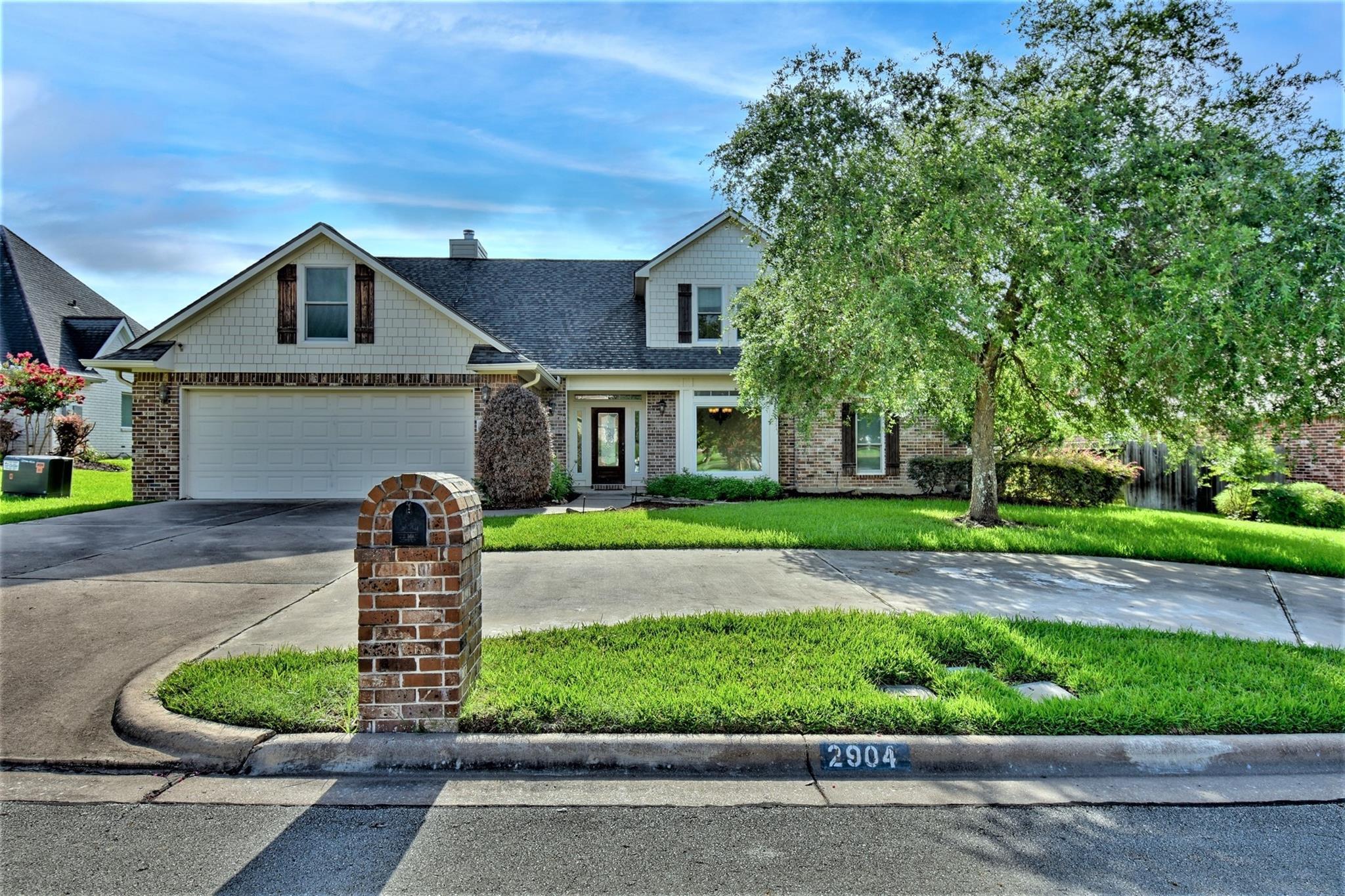 2904 Twisted Oak Drive Property Photo 1