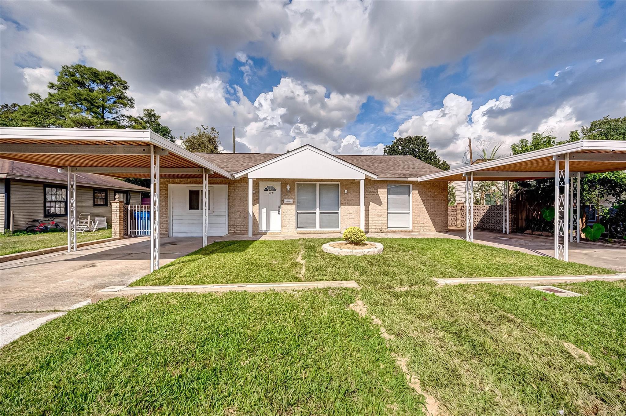 1003 Longley Street Property Photo - South Houston, TX real estate listing