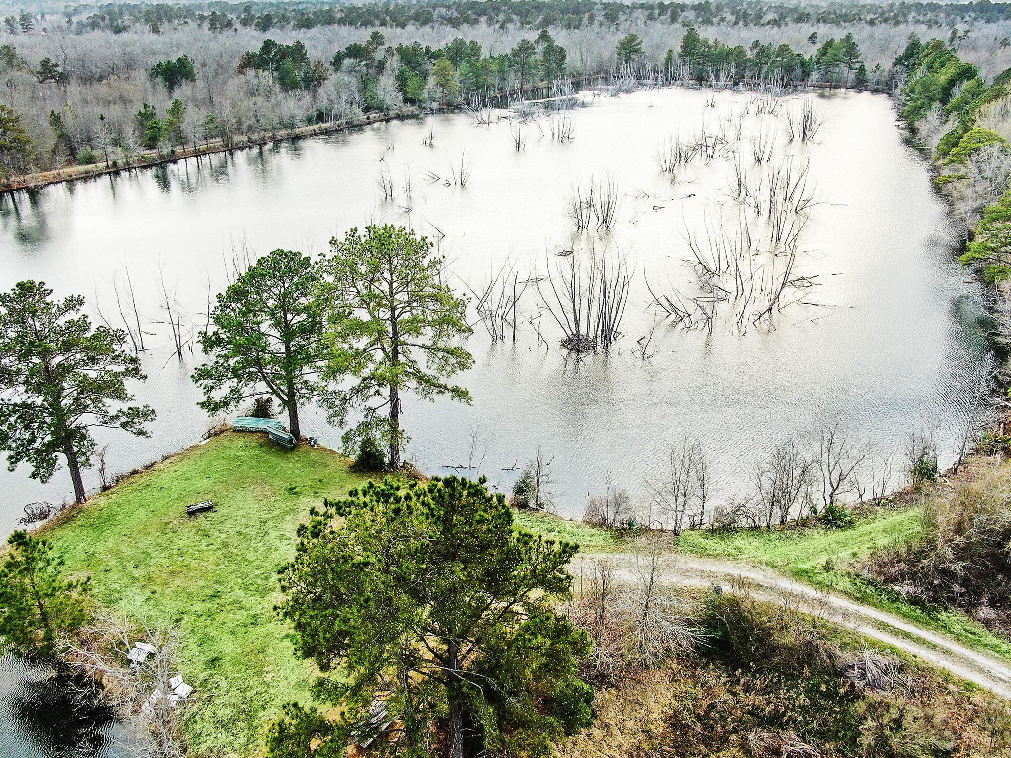 18760 Pin Oak Road Property Photo 1