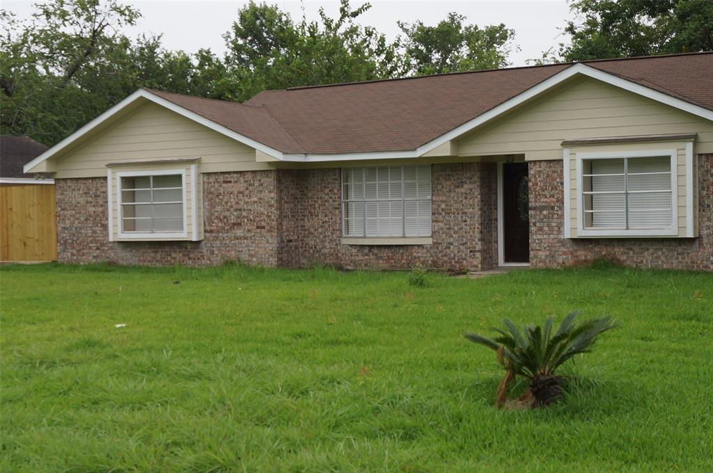 10675 Oak Brook Drive, Houston, TX 77013 - Houston, TX real estate listing