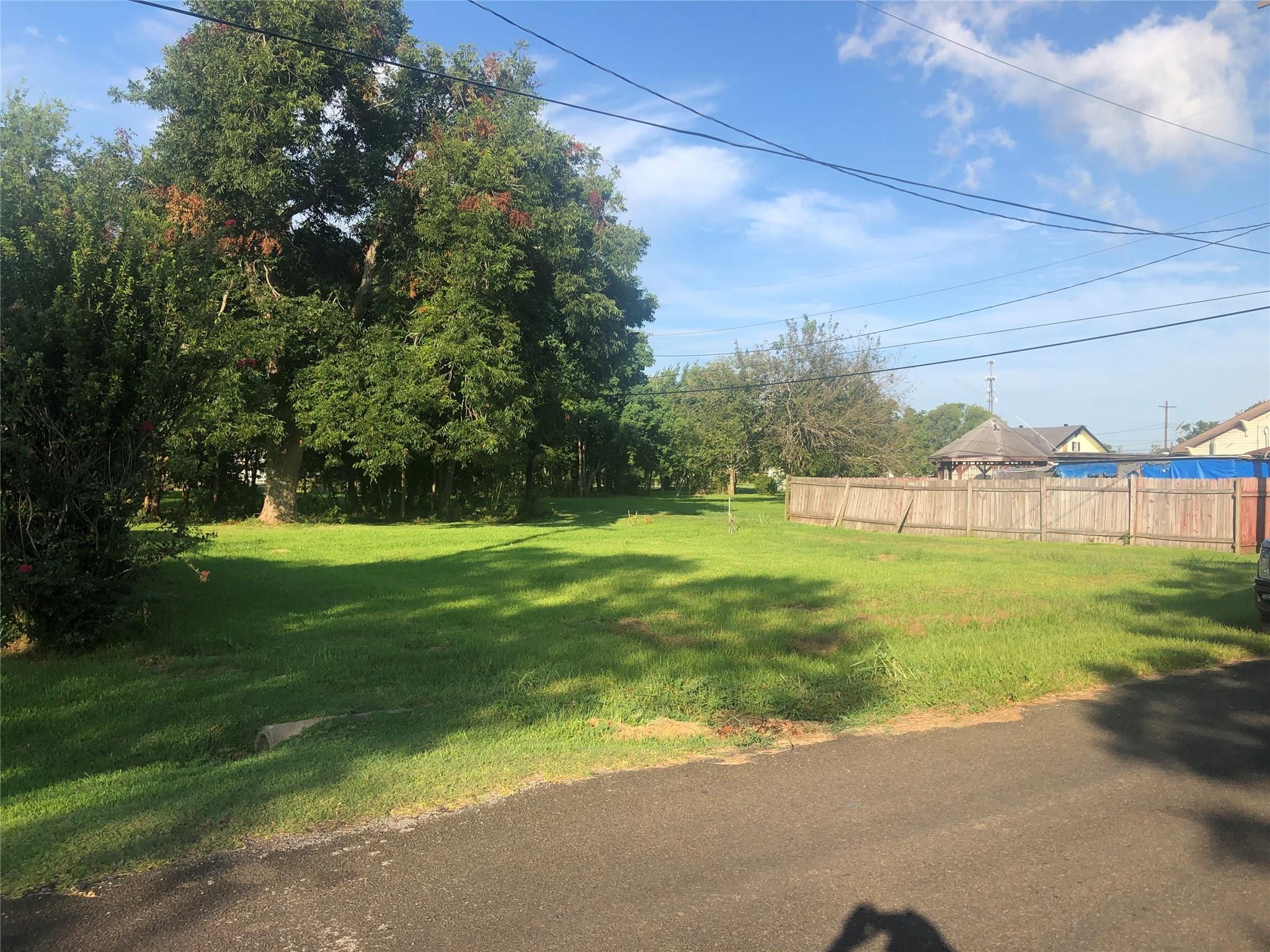 515 Lake Charles Avenue Property Photo - Port Arthur, TX real estate listing