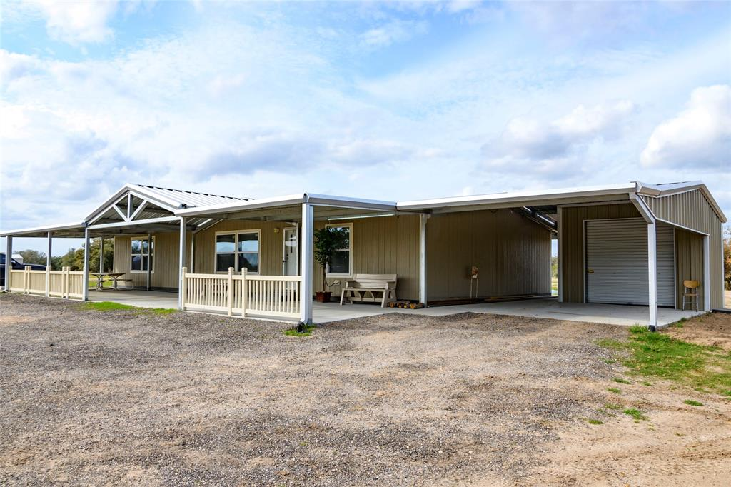 3520 Cr 285, Edna, TX 77968 - Edna, TX real estate listing