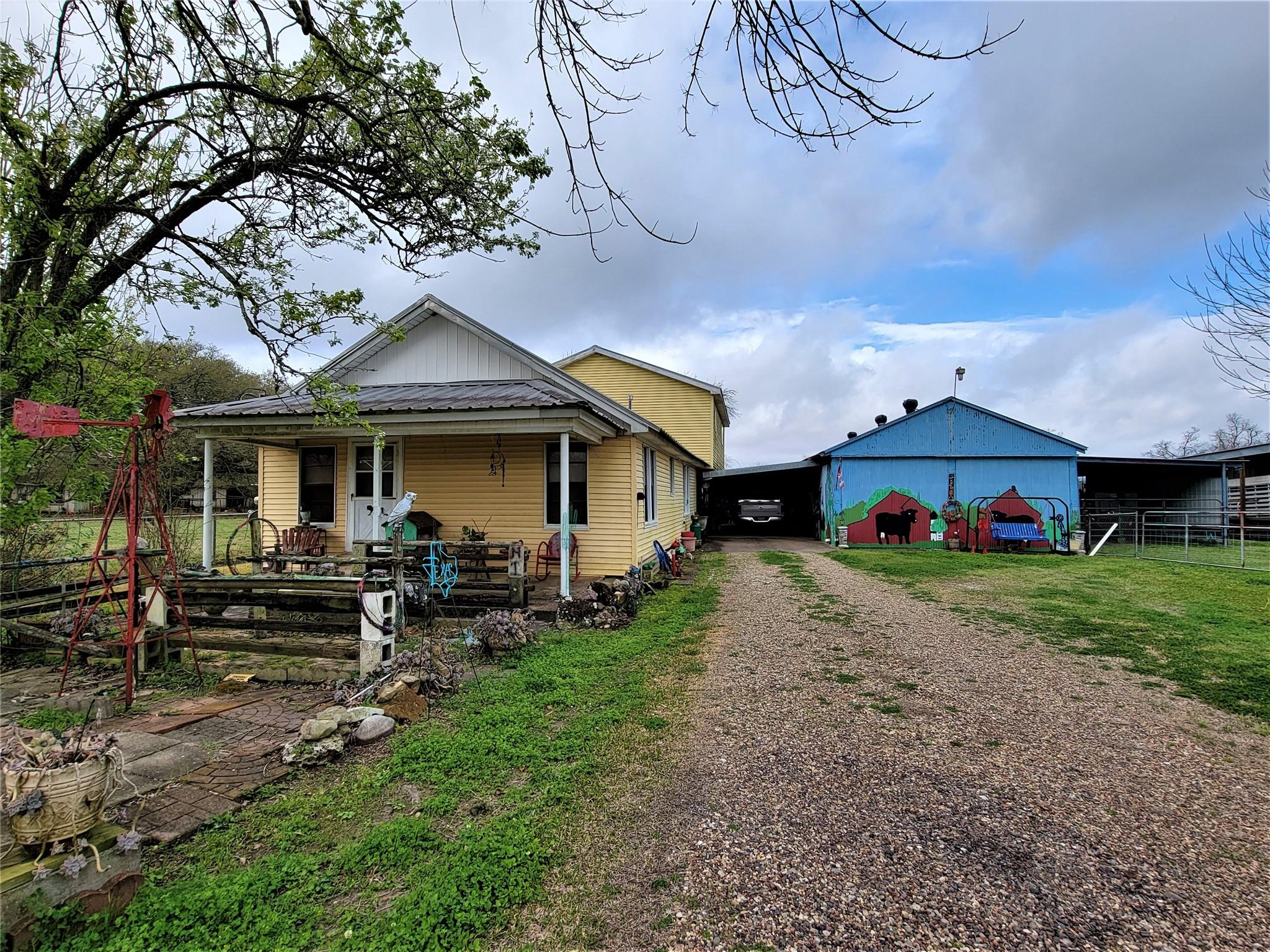 1734 County Road 2060 Property Photo - Hull, TX real estate listing