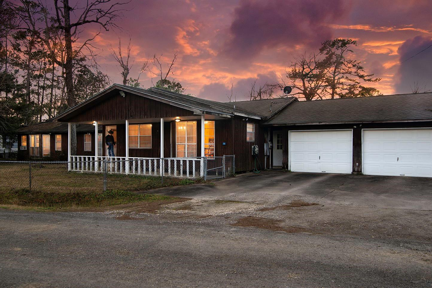 117 Wolf Trail Property Photo - Hankamer, TX real estate listing