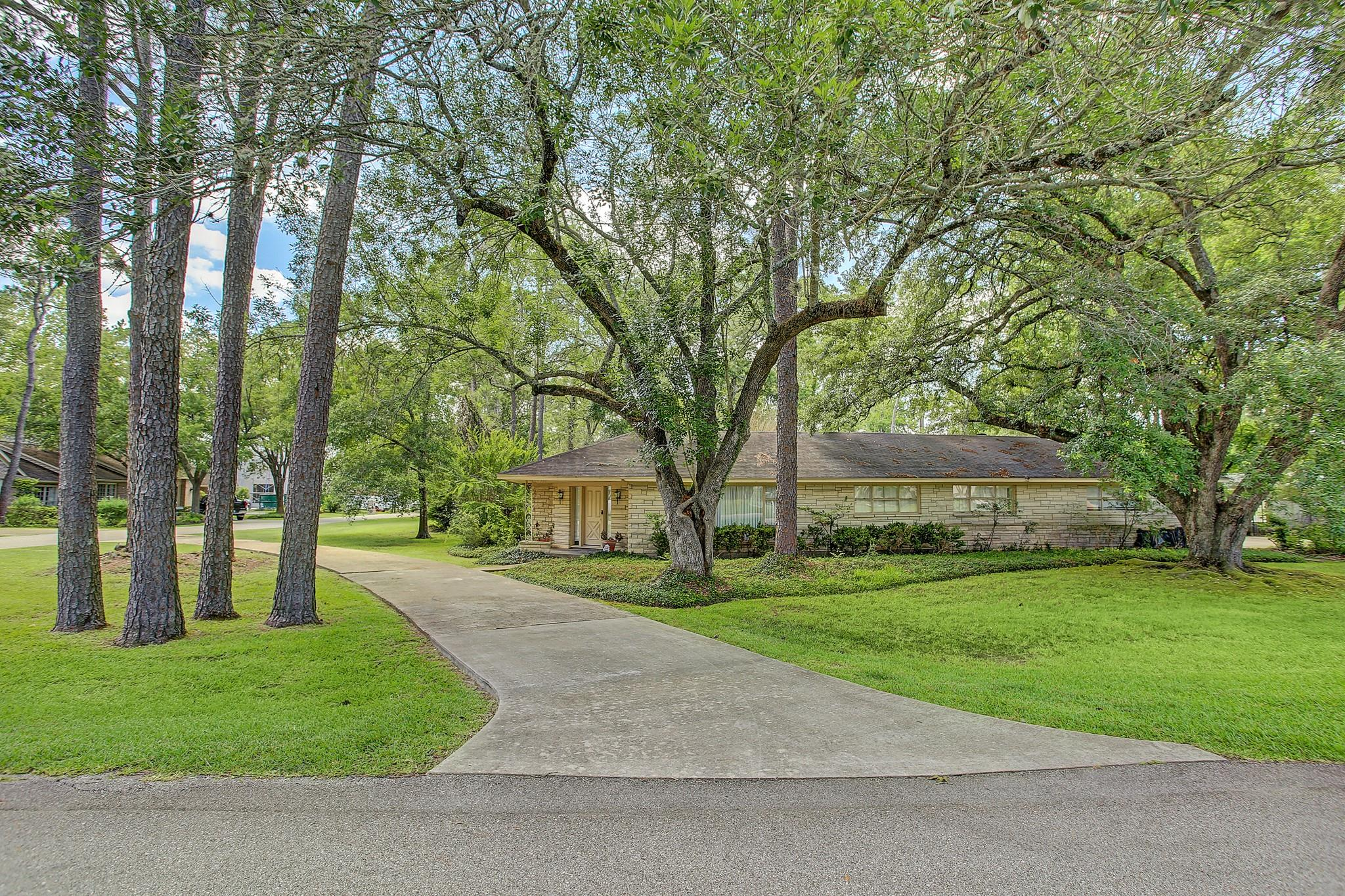 443 Gingham Drive Property Photo