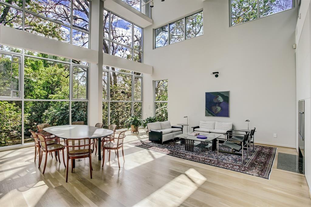 5715 Logan Lane, Houston, TX 77007 - Houston, TX real estate listing