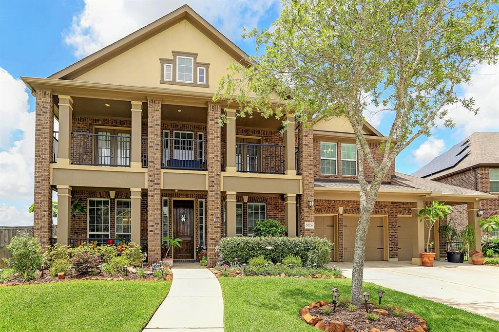 2024 Coventry Bay Drive Property Photo - Pearland, TX real estate listing
