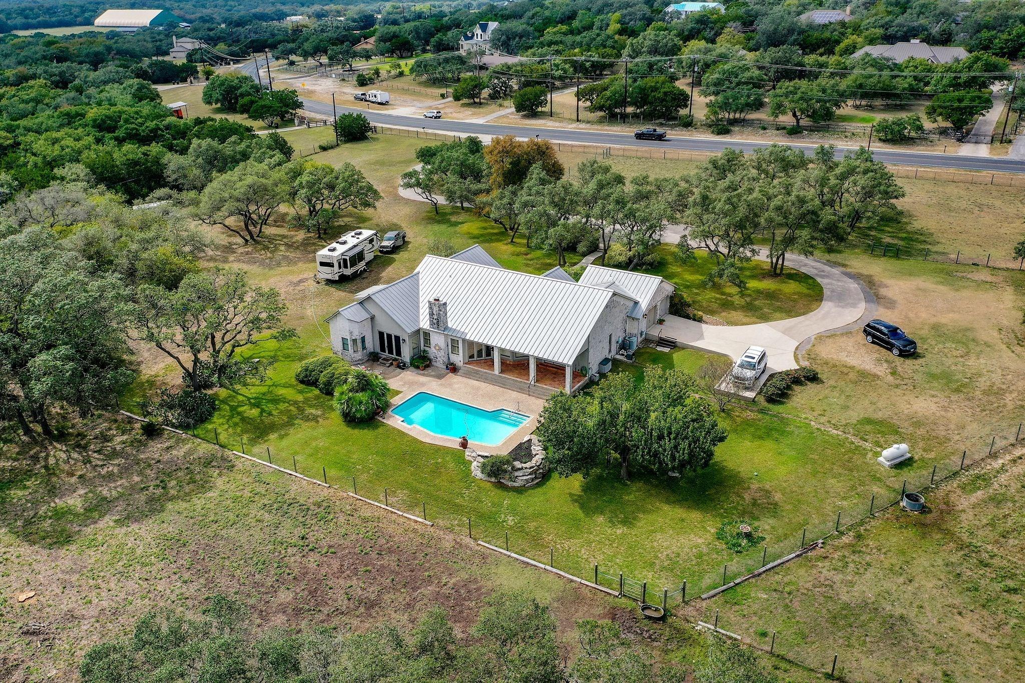 25043 Toutant Beauregard Road Property Photo - San Antonio, TX real estate listing