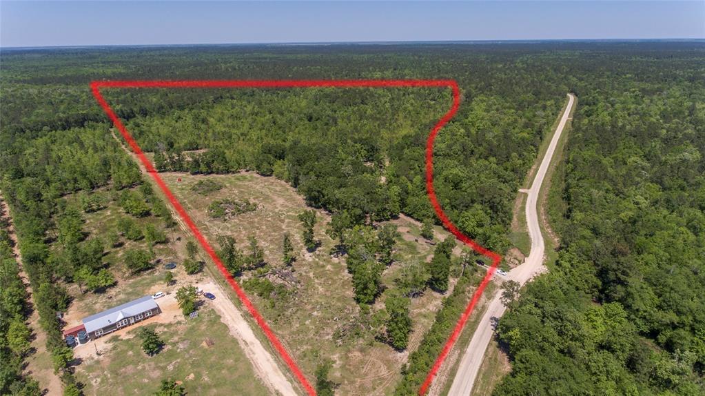 1320 Rhonda Rosa Road Property Photo - Wallisville, TX real estate listing