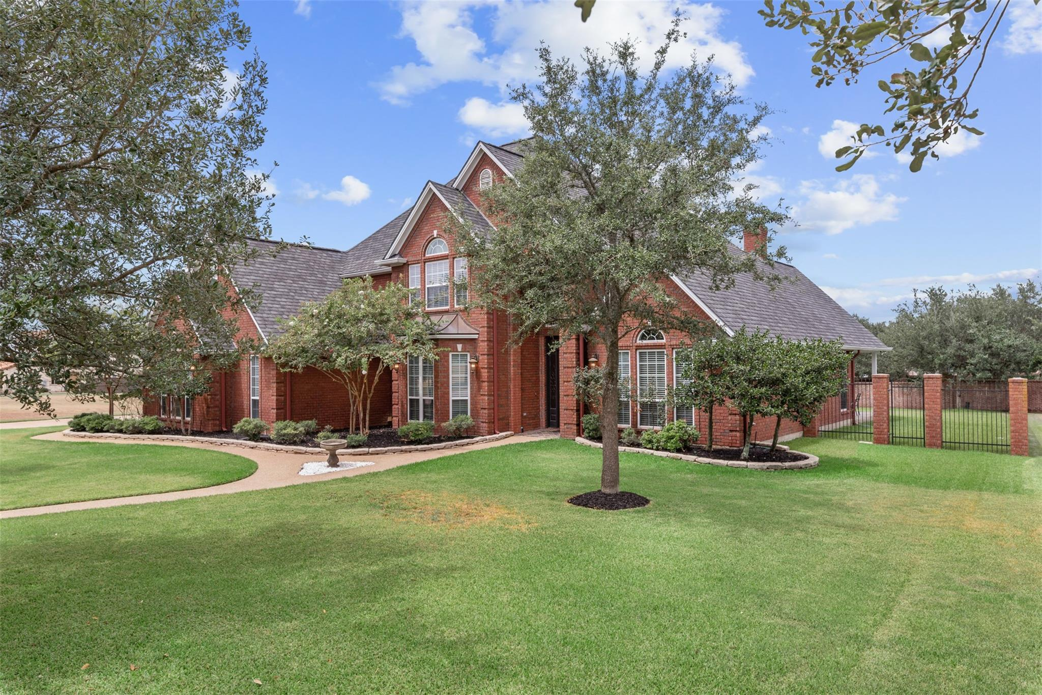 4215 Tuscany Court Property Photo - Bryan, TX real estate listing