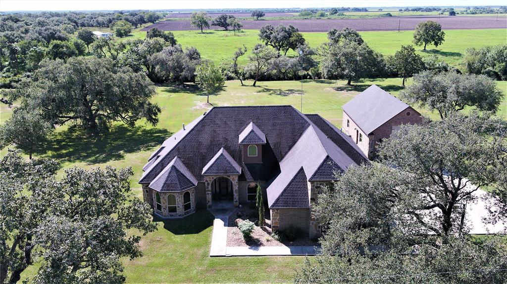 289 Grand Oak Drive Property Photo - Inez, TX real estate listing