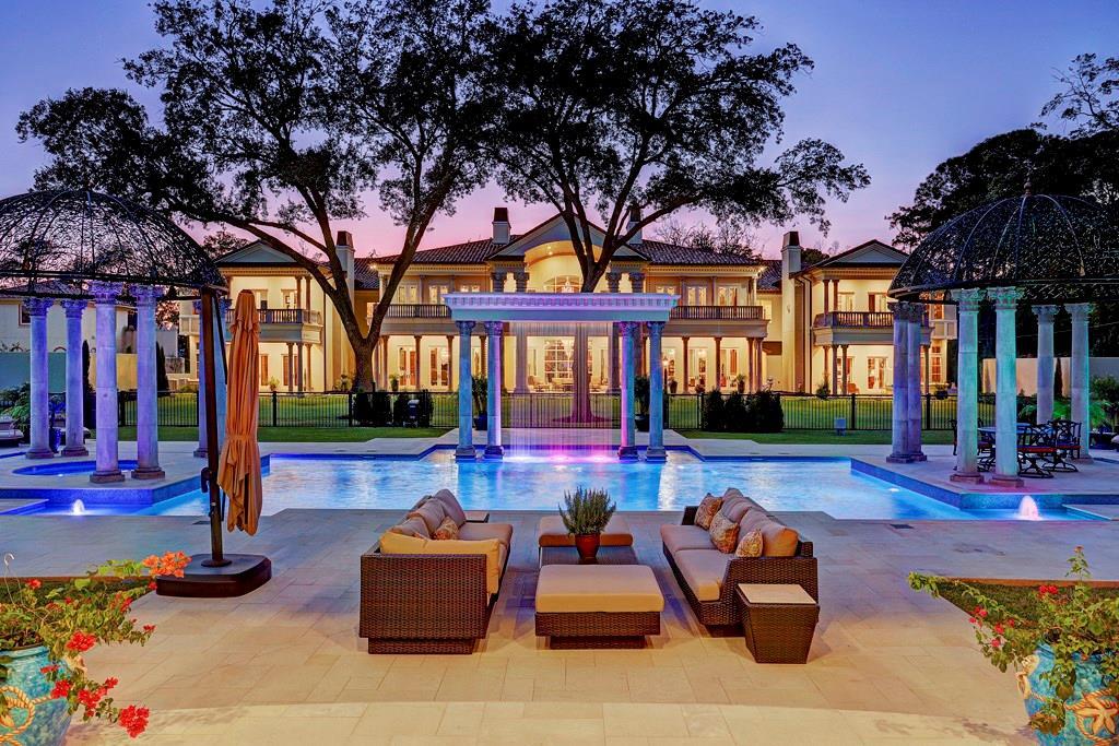 77042 Real Estate Listings Main Image