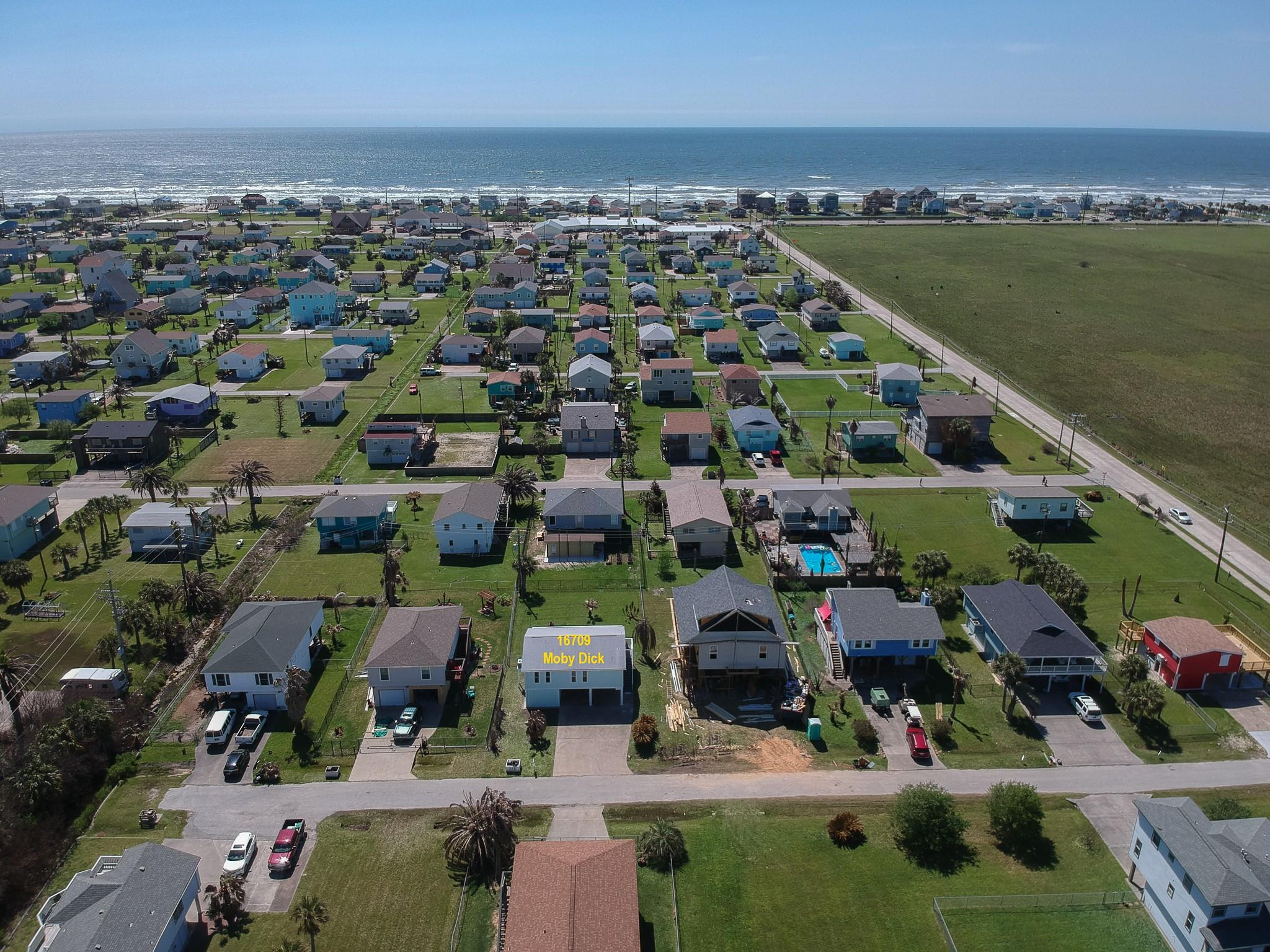16709 Moby Dick Property Photo - Jamaica Beach, TX real estate listing
